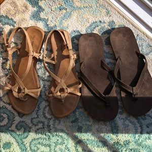 Lot of 2 Sandals